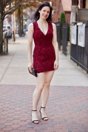 Fleece in red dress